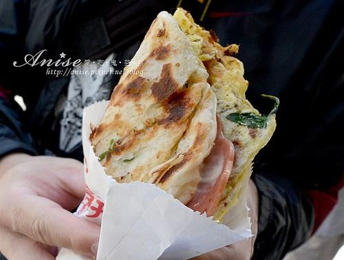 今日熱門文章:永康街美食.天津蔥抓餅、芋頭大王