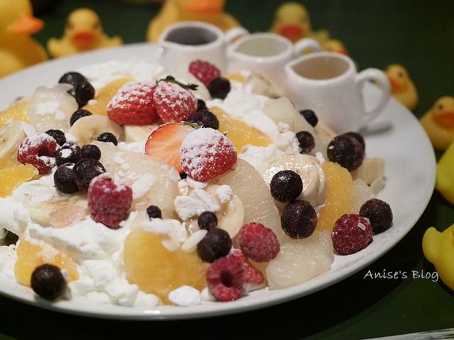 秋田美食.Pamplemousse,被黃色小鴨包圍的美味厚鬆餅 @愛吃鬼芸芸