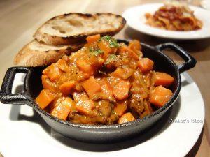 今日熱門文章:信義區美食.Woolloomooloo,燉牛尾及肉派好吃!
