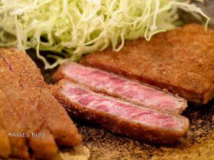 今日熱門文章:東京美食.超火紅炸牛排 牛かつ もと村 新橋店