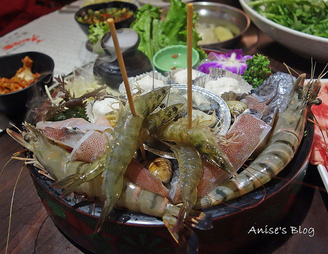 芝山站美食,天鍋宴,新鮮料多又划算 @愛吃鬼芸芸
