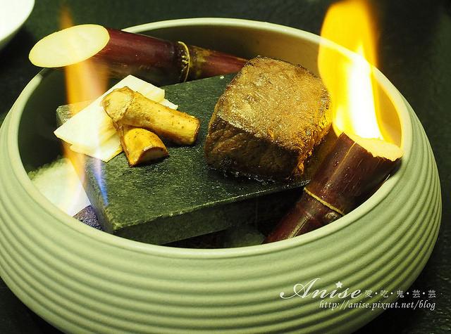 ikki藝奇新日本料理,蔗香石燒牛小排、伊比利豚朴葉燒很厲害,還有宇治抹茶祭! @愛吃鬼芸芸