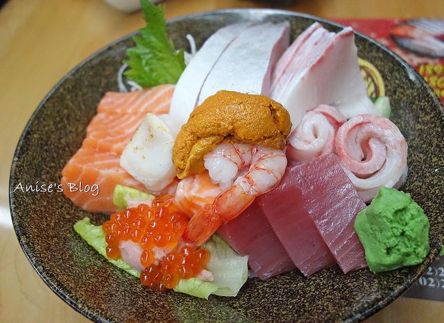 東區美食.金魚日本料理,豪華散壽司超巨大,完全傻眼 @愛吃鬼芸芸