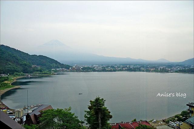 富士山河口湖.湖之飯店,面對富士山的平價湖景房 @愛吃鬼芸芸