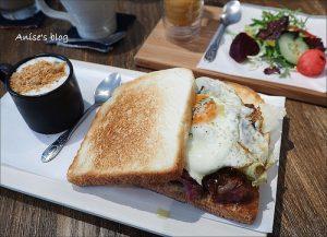 今日熱門文章:捷運大安站早午餐.桔梗三明治專賣,環境舒適價格高貴