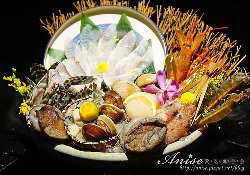 囍聚精緻鍋物,超彭湃海鮮火鍋,也有無菜單料理唷! @愛吃鬼芸芸