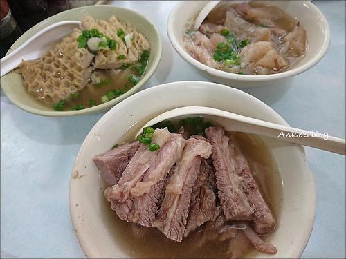 香港平民小吃:激推華姐清湯腩、勝香園 @愛吃鬼芸芸