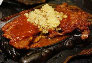 今日熱門文章:香港懷舊西餐廳.金鳳大餐廳,蒜泥是亮點+ 號稱香港最好吃的北角雞蛋仔