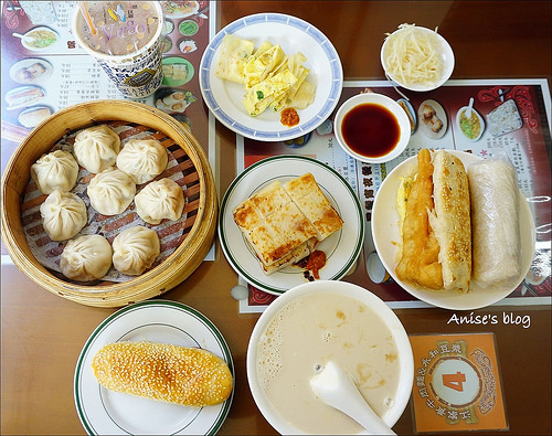 台北24小時宵夜/早餐:江家黃牛肉麵、永和豆漿 @愛吃鬼芸芸