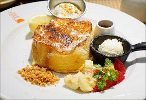 今日熱門文章:東京秋葉原美食.The French Toast Factory,不僅有法式吐司,還有屋台料理!
