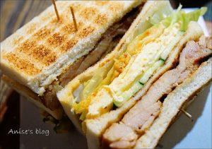 今日熱門文章:台北早午餐.明治時期碳烤三明治(小巨蛋站),現點現做最新鮮,要有耐心等待喔!