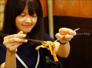 今日熱門文章:首爾美食.糕三時代,特殊的年糕包烤肉(鐘閣站)