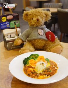 今日熱門文章:板橋.New Spark Cafe   新火花咖啡,在錢櫃唱歌不只能吃牛肉麵、水餃、排骨飯!