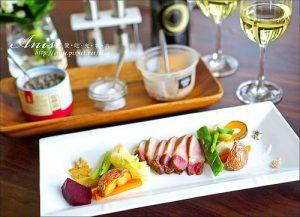 今日熱門文章:享居招待會館.私廚無菜單料理,食材講究的精緻饗宴
