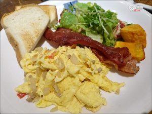 今日熱門文章:東區早午餐.C25度CAFE,東區晨型人的早餐店