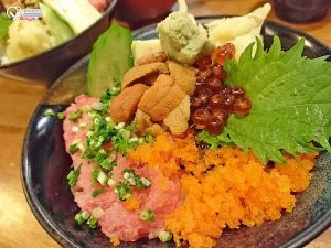 今日熱門文章:小六食堂,捨棄無菜單料理也是吃爽爽(手機食記)