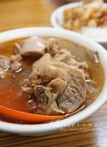 今日熱門文章:施家麻油腰花,還有魯肉飯跟便當!