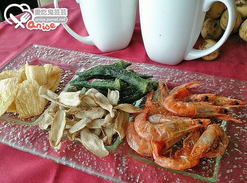 鮮味屋蝦大爺、牛蒡、洋蔥、秋葵,新奇零嘴超特別!(獎品已抽出) @愛吃鬼芸芸