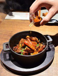 今日熱門文章:叁和院台灣風格飲食(參和院),東區時尚熱炒高貴不貴