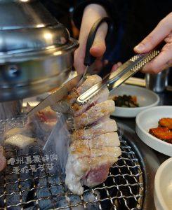 今日熱門文章:濟州島烤黑豬肉.웃뜨르 우리돼지에서 (嗚的了 我們的黑豬)