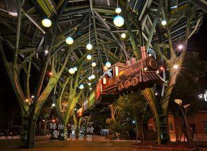 今日熱門文章:宜蘭新景點.三星搖搖洛克馬、宜蘭車站幾米星光號