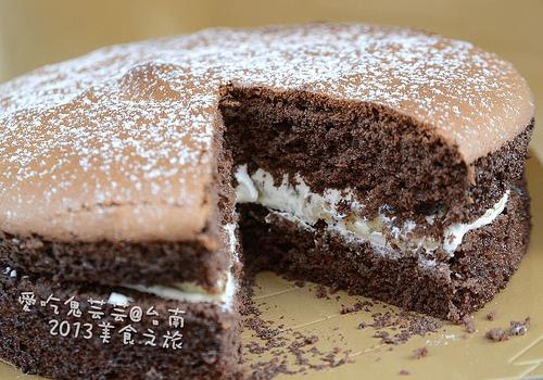 團購美食.banana手作烘焙~香蕉巧克力蛋糕 @愛吃鬼芸芸