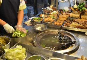 今日熱門文章:東區小吃.安東街頂好香滷味