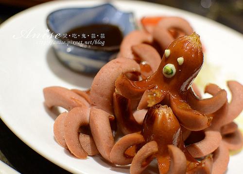 東區燒肉.一號基地(一号基地)炭火食堂 @愛吃鬼芸芸
