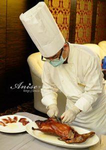 今日熱門文章:華國飯店帝國會館,掛爐烤鴨、港點歐伊西!