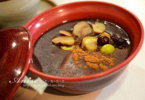 今日熱門文章:首爾美食~三清洞首爾第二美味的店