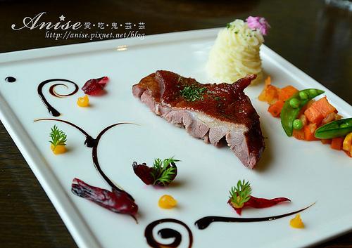 LivingOne(新竹篤行館)義法料理,竹科也有CP值超高的好餐廳! @愛吃鬼芸芸