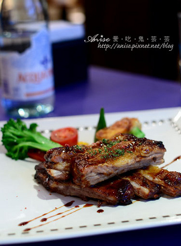 2012耶誕大餐第二發 @ 妳是我的命運餐廳 @愛吃鬼芸芸