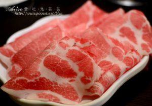 今日熱門文章:台北車站美食~一兆堂@微風