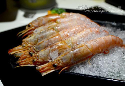 九老頂級麻辣鴛鴦鍋,海鮮湯超鮮美~ @愛吃鬼芸芸
