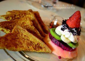 今日熱門文章:Toasteria Cafe (吐司利亞),東區有3號店囉!