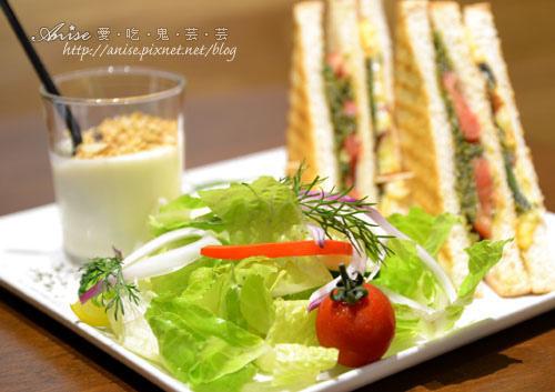 Ms. Bubble cafe,家一般溫暖的好店,輕食、咖啡、甜點很厲害! @愛吃鬼芸芸