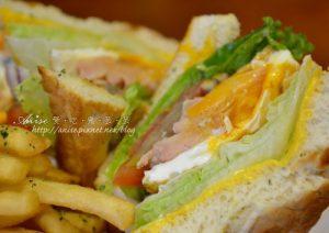 今日熱門文章:貳樓 Second Floor cafe 微風台北車站,還是三明治最好吃!