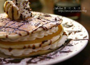 今日熱門文章:方糖咖啡館~香蕉巧克力鍋餅蛋糕大驚艷!