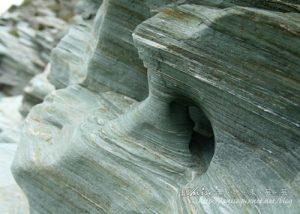 今日熱門文章:宜蘭南澳~傳說中神祕的沙灘與海蝕洞