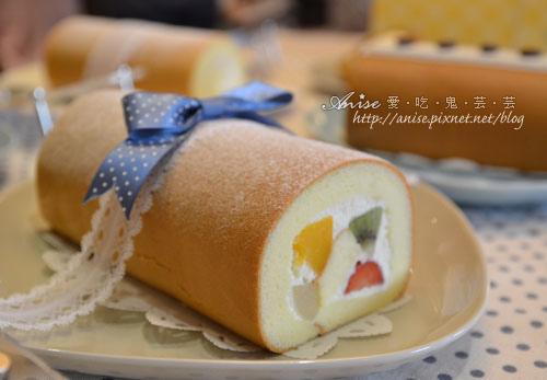 夢卡朵蛋糕,日本血統甜點在台上市!(微風台北車站1F) @愛吃鬼芸芸