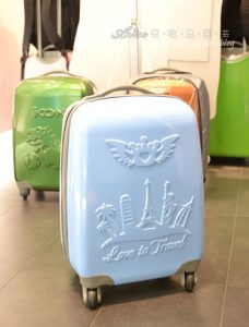 今日熱門文章:ikon環遊世界旅行箱,陪我台灣走透透!