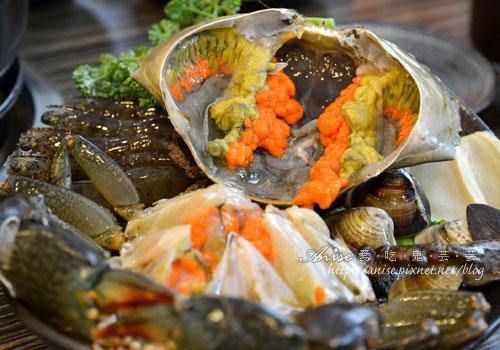 十二籃粥火鍋、香辣蟹,鮮美好滋味! @愛吃鬼芸芸