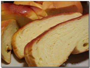 今日熱門文章:【團購美食】方師傅羅宋麵包