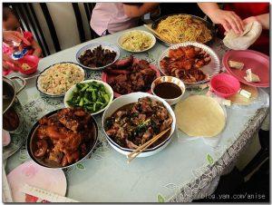 今日熱門文章:98.05.03 慶祝母親節烤肉會 + 意外的油桐花地毯