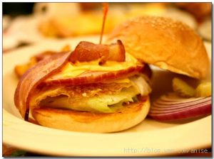 今日熱門文章:98.02.01 【初七】雙聖早餐 + 以麻將結束假期