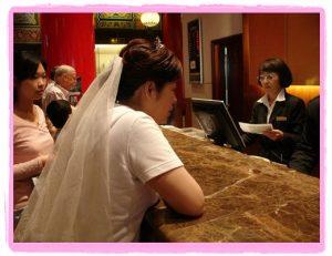今日熱門文章:插播-95.11.11 Yoshimi結婚and我是伴娘篇(上)–迎娶