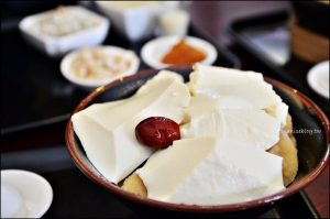 今日熱門文章:宜蘭美食.原來豆花,黑糖綿綿冰、陶鍋豆花(姊姊食記)