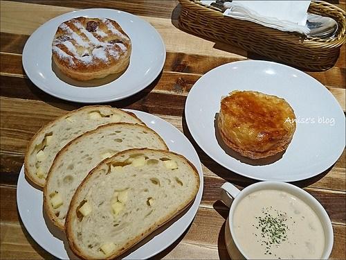 New City Bakery cafe 020