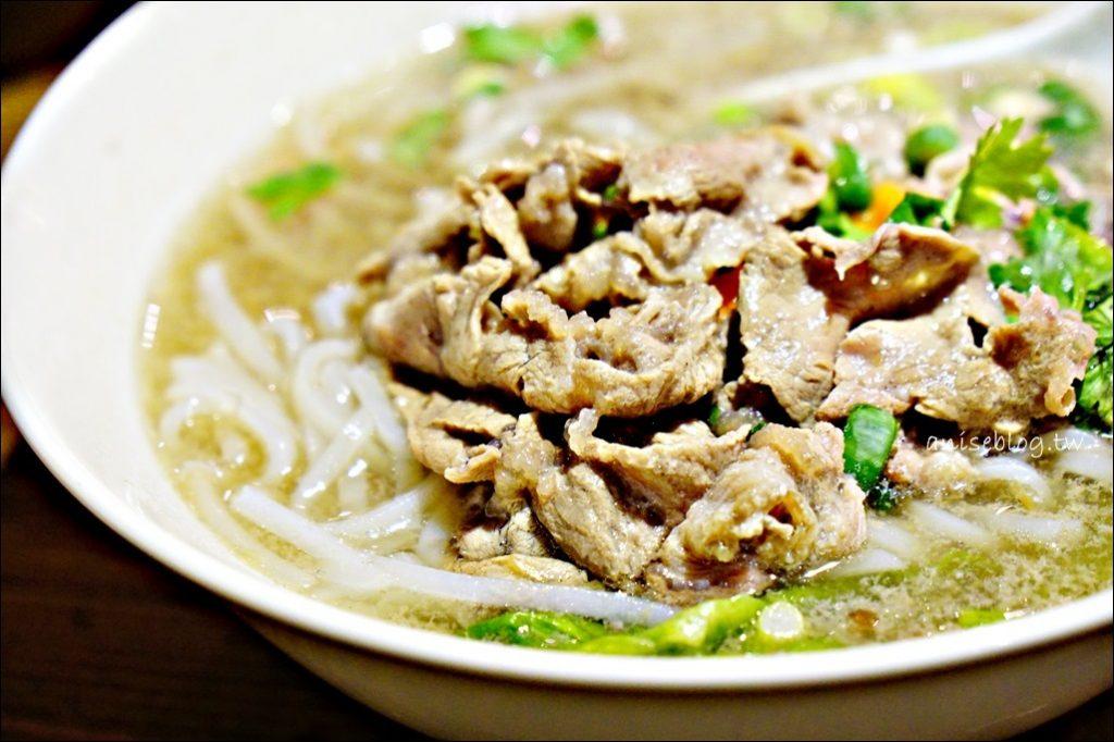 東區美食.騷豆花、越娘河粉,創意豆花、越式料理