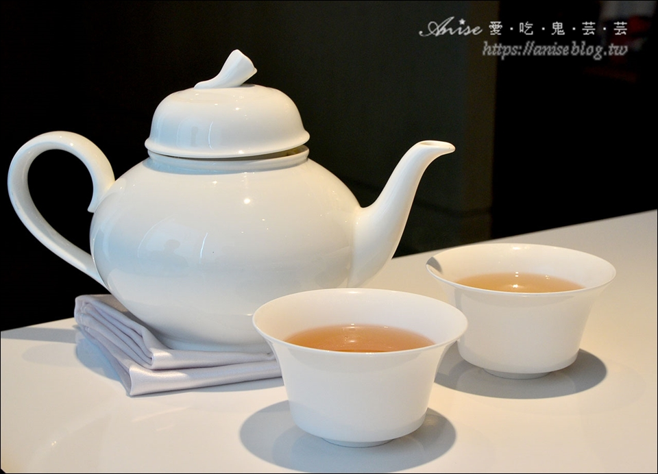 粵亮廣式料理@台北六福萬怡酒店,創意港點美味又特別!(附菜單)